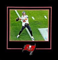 Tom Brady Signed Patriots 16x20 Custom Framed Photo Display (Fanatics Hologram) at PristineAuction.com