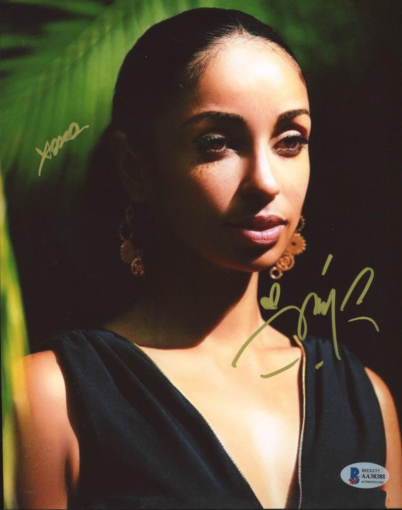 "Mya Harrison Signed 8x10 Photo Inscribed ""XOXO"" (Beckett Hologram) at PristineAuction.com"