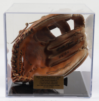"""Pete Rose Signed Mizuno Baseball Glove With Display Case Inscribed """"2 X G.G."""" (PSA COA) at PristineAuction.com"""