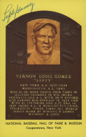 Lefty Gomez Signed Gold Hall of Fame Plaque Postcard (Stacks of Plaques COA) at PristineAuction.com