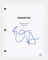 "Ethan Hawke Signed ""Training Day"" Movie Script (AutographCOA COA) at PristineAuction.com"
