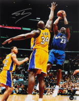 Shaquille O'Neal Signed Lakers 11x14 Photo (Beckett Hologram) at PristineAuction.com