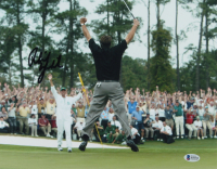 Phil Mickelson Signed 11x14 Photo (Beckett COA) at PristineAuction.com