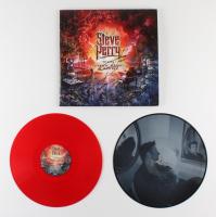 "Steve Perry Signed ""Traces"" Vinyl Record Album (AutographCOA COA) at PristineAuction.com"
