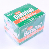 1987 Fleer Update Baseball Complete Set of (132) Cards with Greg Maddux #68 XRC at PristineAuction.com