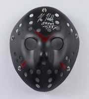 "Kane Hodder Signed ""Friday the 13th"" Jason Voorhees Mask Inscribed ""Jason 7, 8, 9, X"" (Beckett Hologram) at PristineAuction.com"