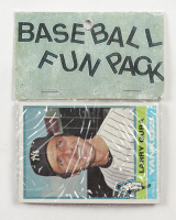 1976 Topps Baseball Card Fun Pack with (10) Cards at PristineAuction.com