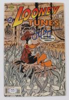 "Jeff Bergman Signed 1996 ""Looney Tunes"" Issue #25 Comic Book (PSA COA) at PristineAuction.com"