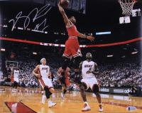 Derrick Rose Signed Bulls 11x14 Photo (Beckett COA) at PristineAuction.com