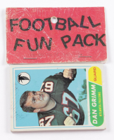 1968 Topps Football Card Fun Pack with (10) Cards at PristineAuction.com
