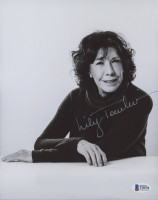 Lily Tomlin Signed 8x10 Photo (Beckett COA) at PristineAuction.com