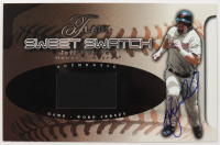 Jeff Bagwell Signed 2002 Flair Sweet Swatch (Beckett COA) at PristineAuction.com