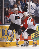 Jeremy Roenick Signed Flyers 8x10 Photo (Beckett COA) at PristineAuction.com