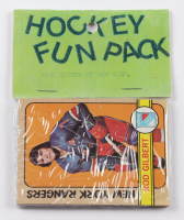 1972-73 Topps Hockey Card Fun Pack with (10) Cards at PristineAuction.com