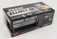 Chase Elliott LE #9 NAPA Batteries Patriotic 2019 Camaro ZL1 1:24 Scale Stock Die-Cast Car at PristineAuction.com