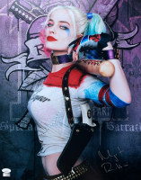 "Margot Robbie Signed ""Suicide Squad"" 16x20 Photo (JSA COA) at PristineAuction.com"