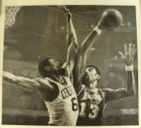 Bill Russell vs Wilt Chamberlain 28x31 Stephen Holland Lithograph at PristineAuction.com
