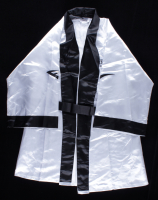 """George Foreman Signed Everlast Boxing Robe Inscribed """"HOF 2003"""" (Beckett COA) at PristineAuction.com"""