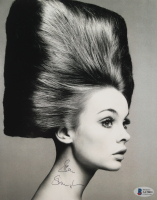 Jean Shrimpton Signed 8x10 Photo (Beckett COA) at PristineAuction.com