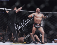Randy Couture Signed UFC 16x20 Photo (Beckett COA) at PristineAuction.com