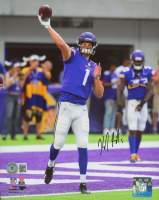 Kyle Sloter Signed Vikings 8x10 Photo (Beckett COA) at PristineAuction.com