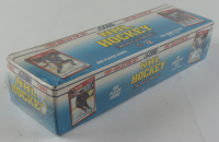 1991 Score NHL Hockey Bilingual Edition Complete Set Of (660) Cards at PristineAuction.com