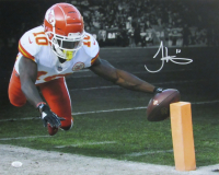 Tyreek Hill Signed Chiefs 16x20 Photo (JSA COA) at PristineAuction.com