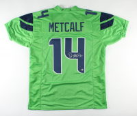 DK Metcalf Signed Jersey (Beckett COA) at PristineAuction.com