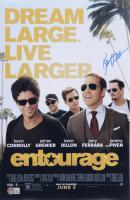 "Kevin Dillon Signed ""Entourage"" 11x17 Photo (Beckett COA) at PristineAuction.com"