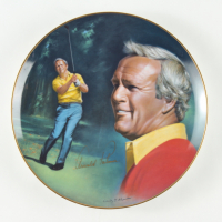 """Arnold Palmer Signed """"The Athlete Of The Decade"""" LE Porcelain Plate (PSA Hologram) at PristineAuction.com"""