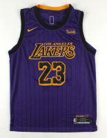 Lebron James Lakers Jersey at PristineAuction.com