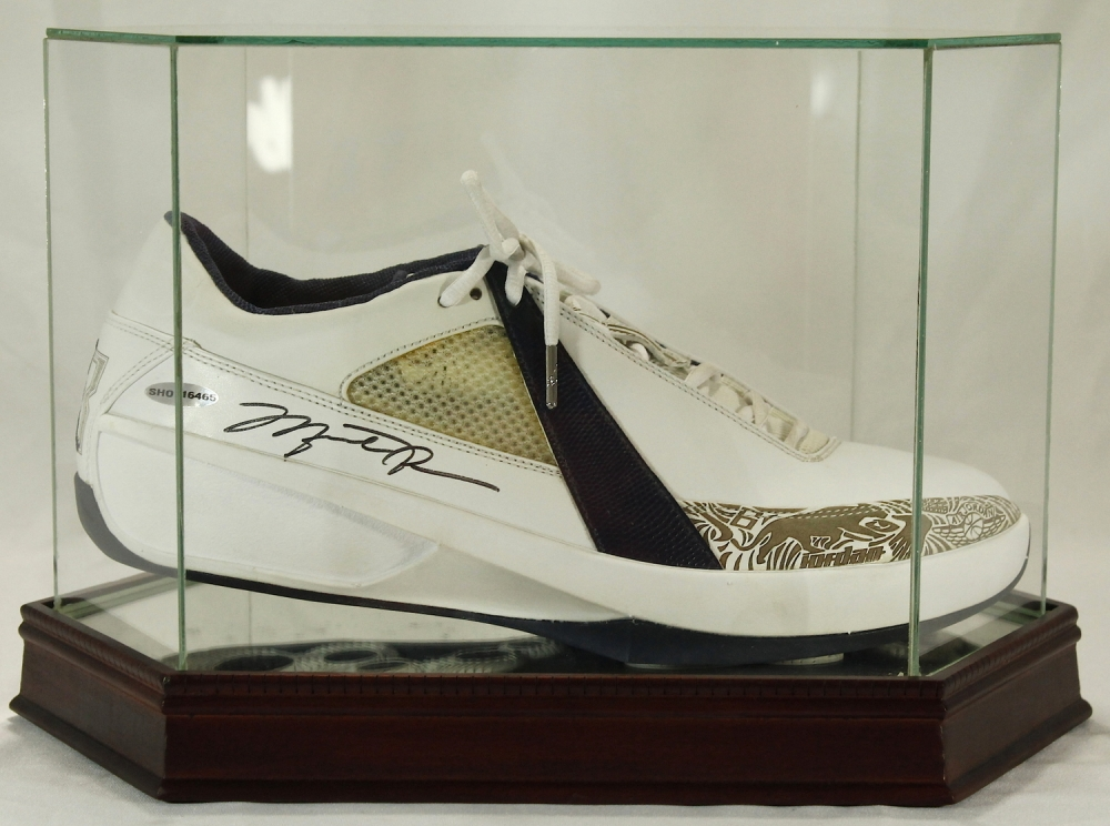 michael jordan signed air jordan basketball shoe with high quality display case uda coa - Basketball Display Case