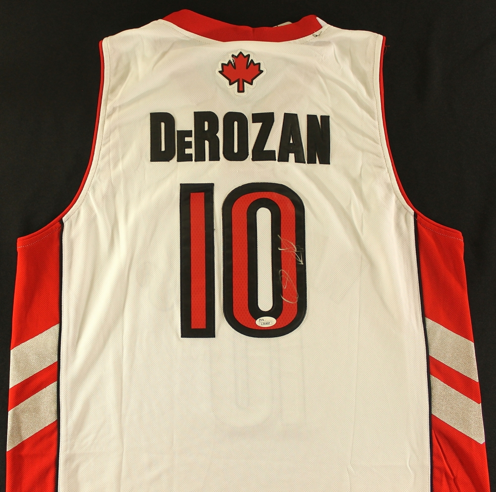 new arrival 79917 73f6b cheapest demar derozan signed jersey e11bf c00c0