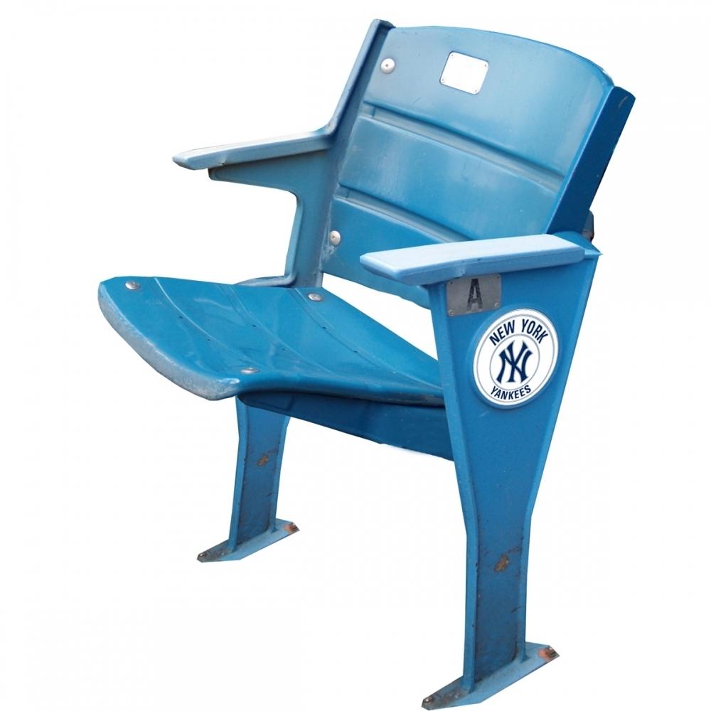 online sports memorabilia auction pristine auction. Black Bedroom Furniture Sets. Home Design Ideas