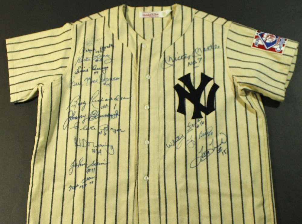 Yankees Authentic Mitchell   Ness Throwback Jersey Signed by (30) Legends  with Mickey Mantle eea2a1fbe26