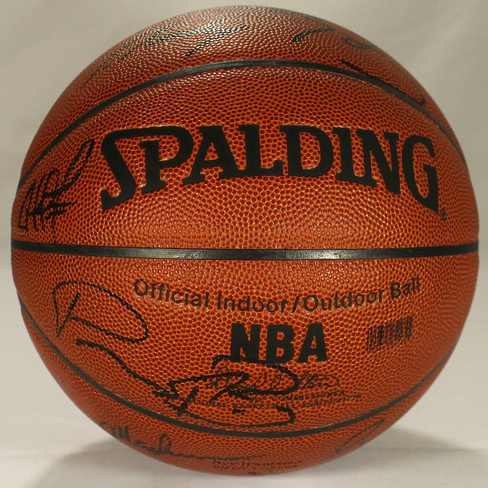 fedd38921c30 2002-03 Pacers Team-Signed Basketball with (14) Including Reggie Miller