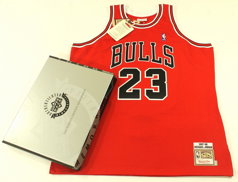 gqdpdo Online Sports Memorabilia Auction | Pristine Auction