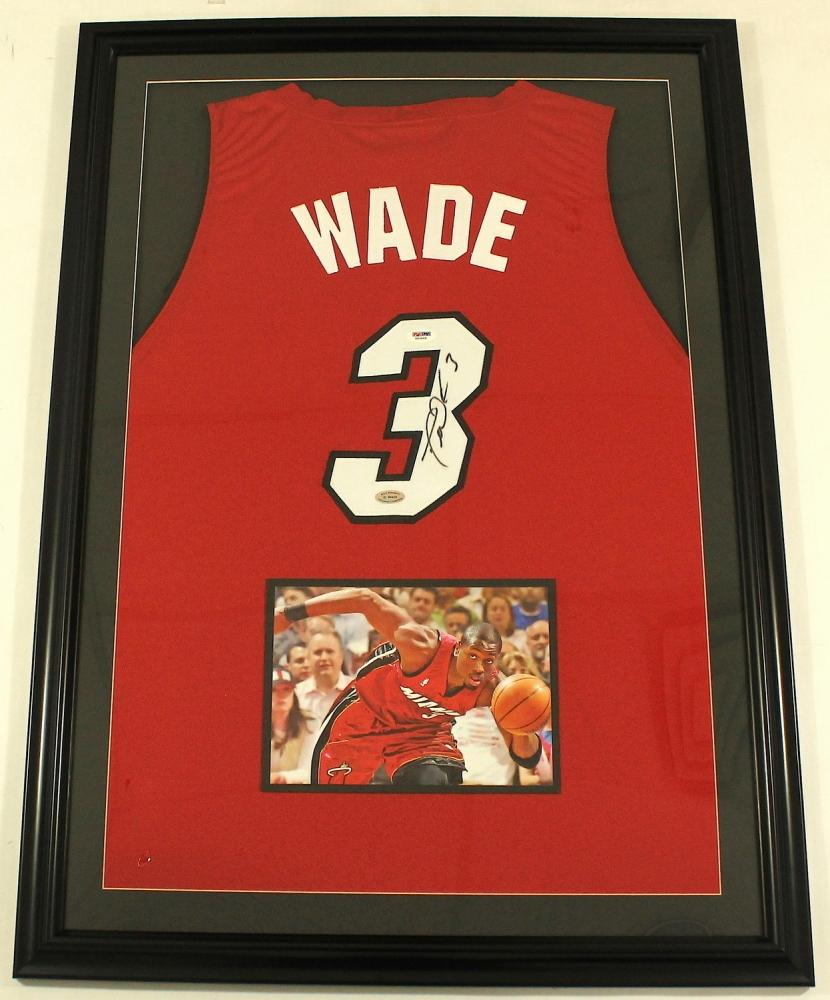 Dwyane Wade Signed Heat 25x35 Custom Framed Jersey Display (PSA COA) At  PristineAuction.