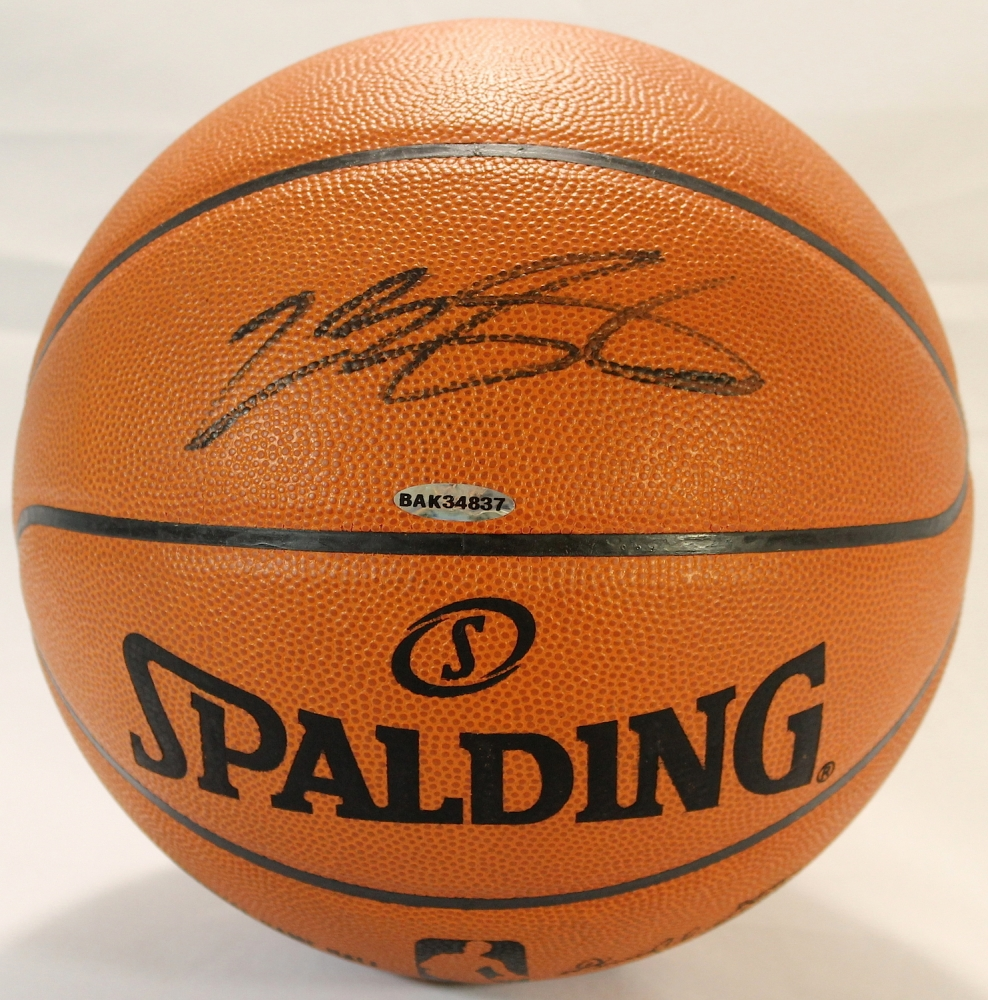 lebron james autograph - photo #43