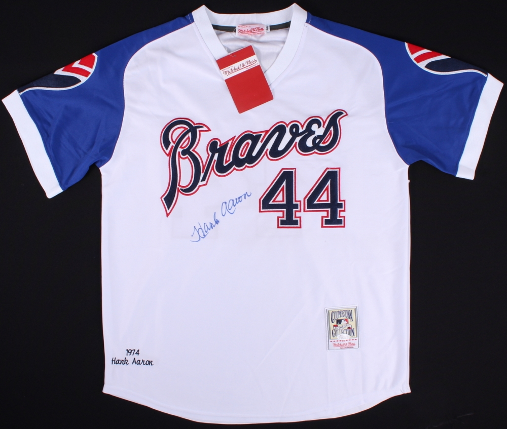 Hank Aaron Signed Braves Throwback Jersey (JSA LOA) at PristineAuction.com a5bfa8a8c
