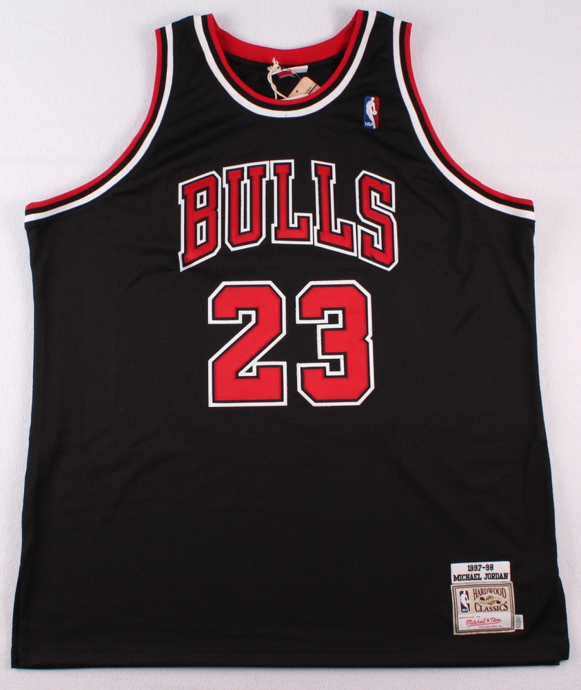 Michael jordan blackhawks jersey shop buy michael jordan for Hawks t shirt jersey