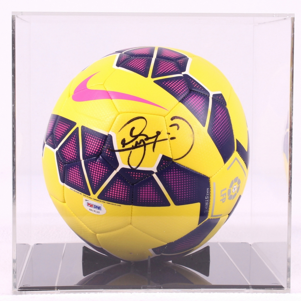 Neymar Signed Brazil Soccer Ball with Display Case (PSA LOA) at  PristineAuction.com 1e0d8421a