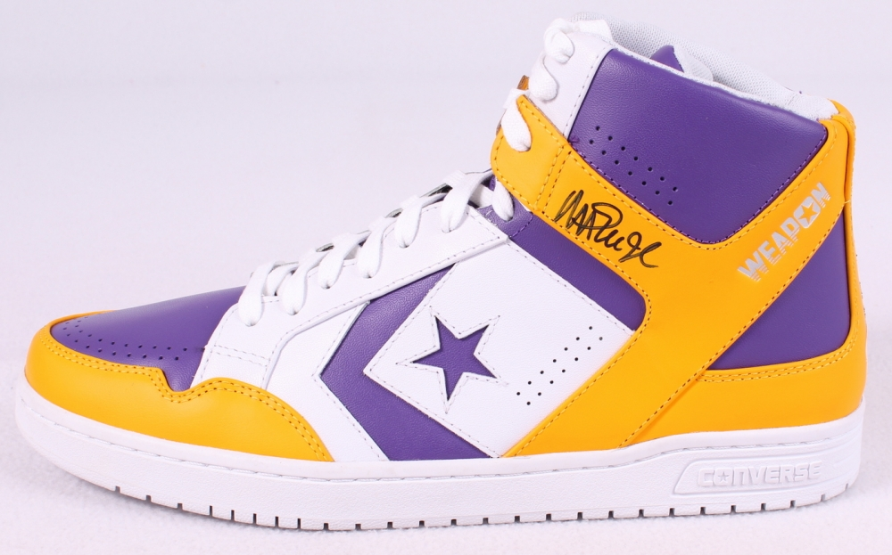 magic johnson converse