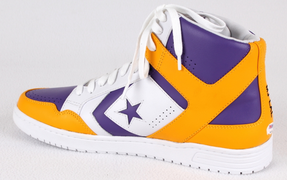 Magic Johnson Signed Throwback Game Model Converse Weapon Basketball Shoe  (PSA COA) at PristineAuction 6d0d14997