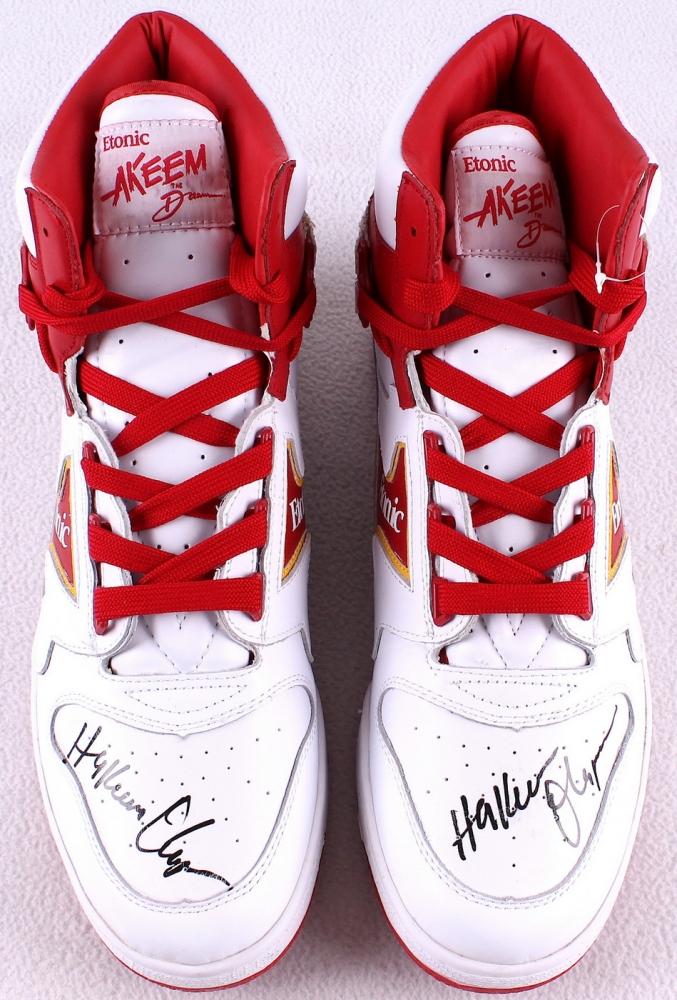 Hakeem Olajuwon Shoes Size