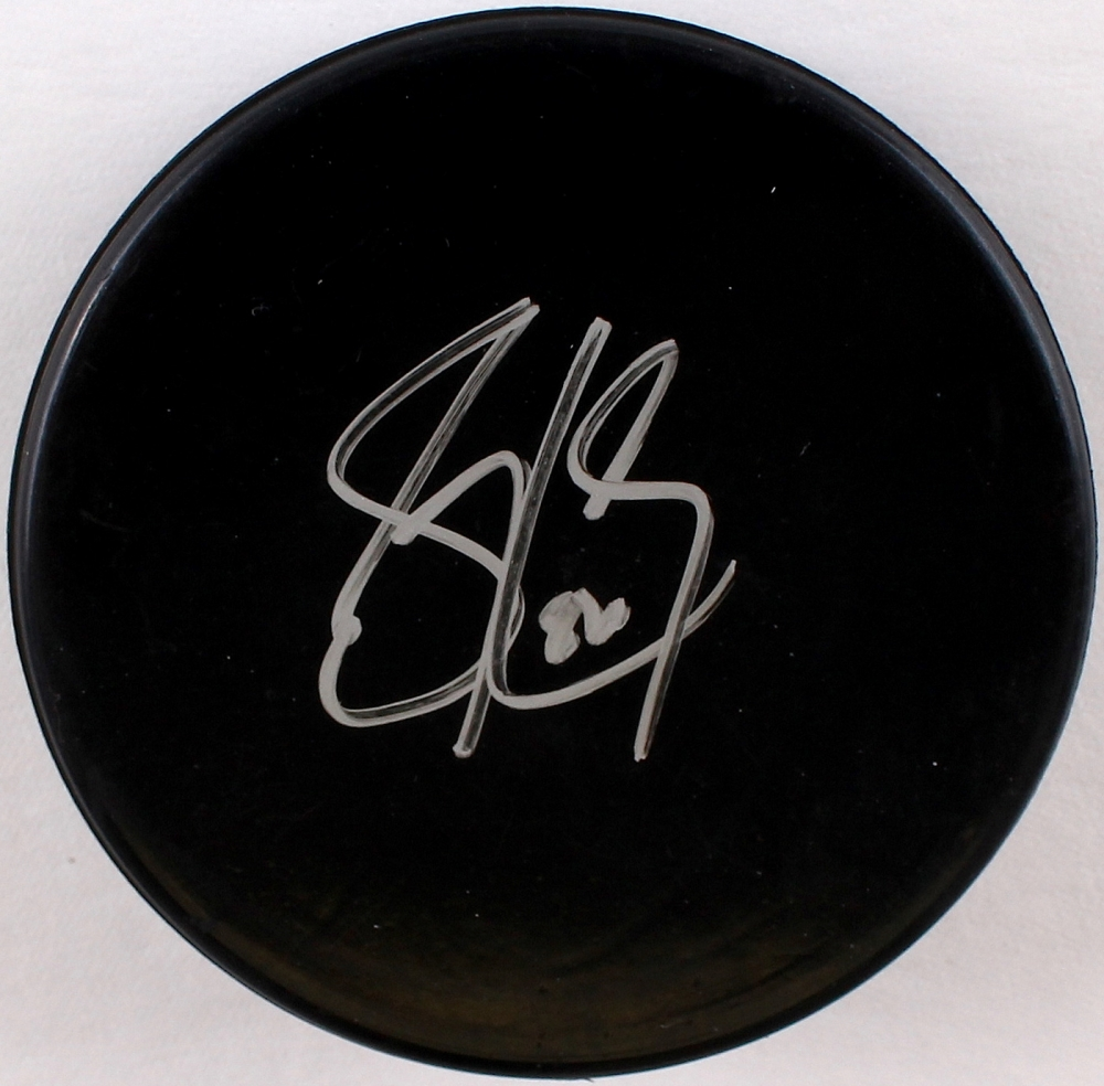 Sidney Crosby Signed Hockey Puck (JSA COA) at PristineAuction.com b8aad475006