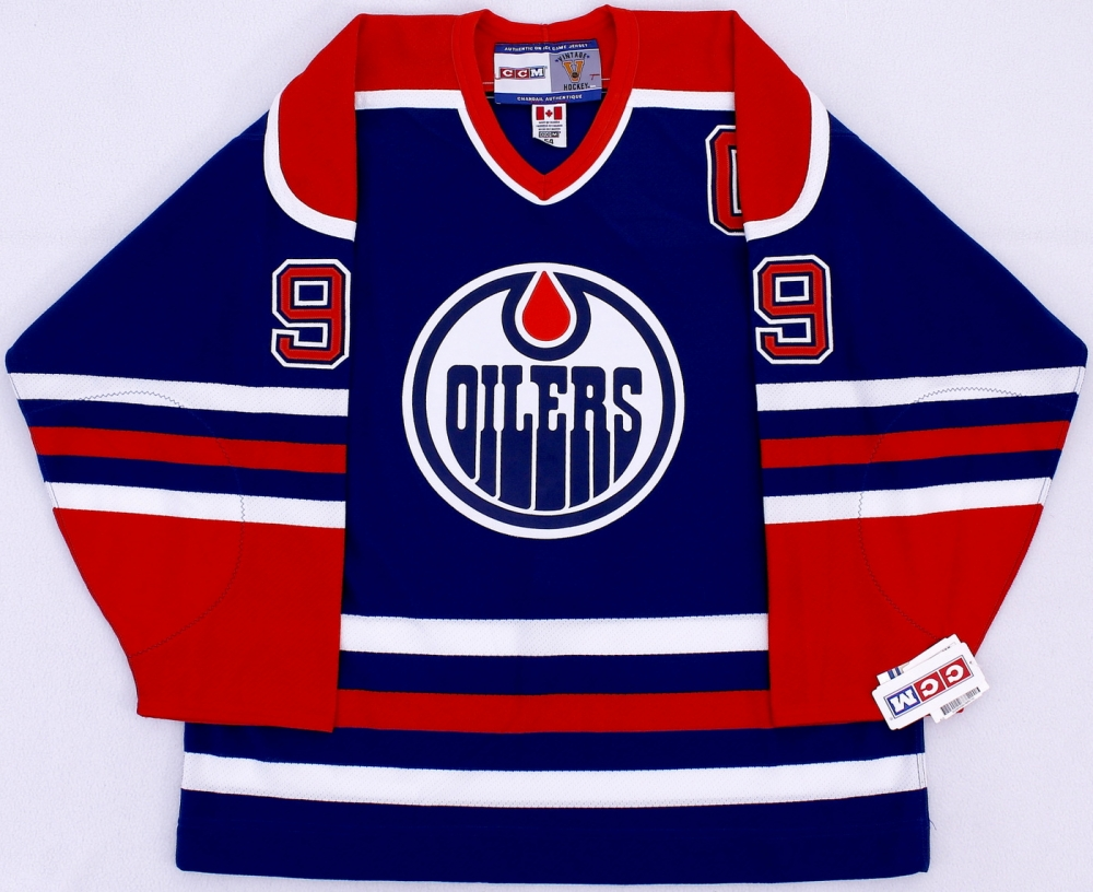 Wayne Gretzky Signed Oilers Authentic Jersey (UDA COA) at  PristineAuction.com cf1c0d332