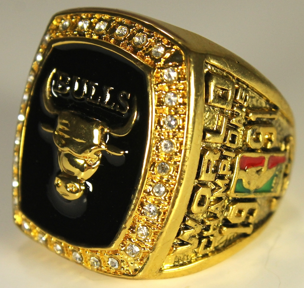 742cead38117f7 Michael Jordan Chicago Bulls High Quality Replica 1991 NBA World Champions  Ring at PristineAuction.com