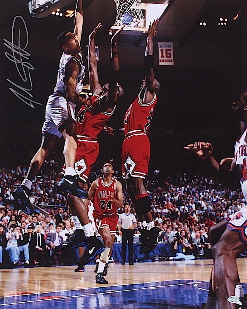 John starks signed knicks slam dunk vs chicago bulls 16x20 photo sop