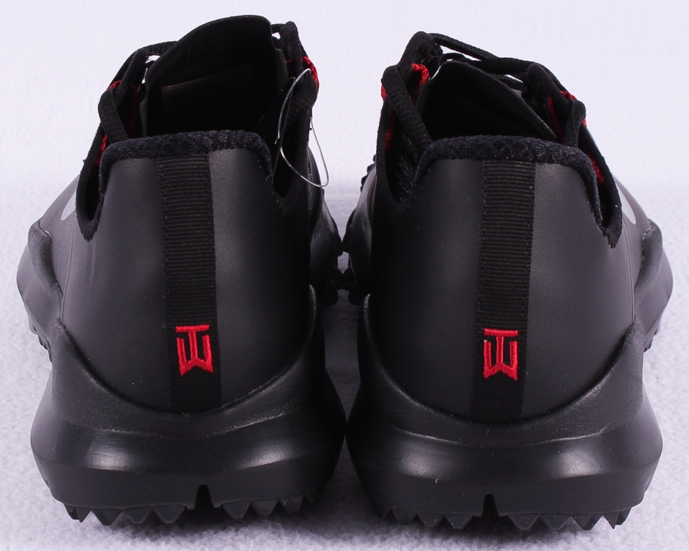 Tiger Woods Signed New Pair of Black Nike